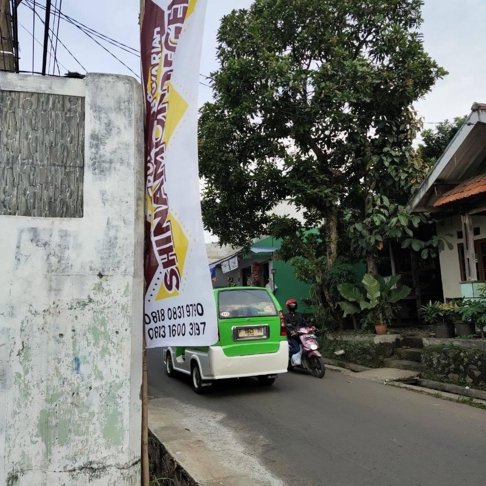 Perumahan Kota Bogor Dilewati Angkot